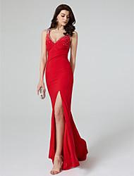TS Couture Formeller Abend Kleid - Transparent Eng anliegend V-Ausschnitt Pinsel Schleppe Jersey mit Kristall Verzierung Vorne geschlitzt