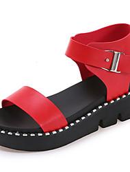 Damen Sandalen Gladiator PU Frühling Sommer Normal Kleid Gladiator Schnalle Flacher Absatz Weiß Schwarz Rot 2,5 - 4,5 cm