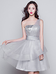 Short / Mini One Shoulder Bridesmaid Dress Sleeveless Tulle