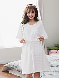 Vestido noturno feminino o pescoço manga curta oco pijama