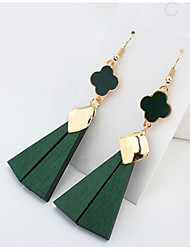 Euramerican British Personalized Simple Style Wood  Contracted Triangle Clovers Earrings Lady Business Drop Earrings Statement Jewelry