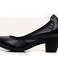 Feminino Saltos Sapatos formais Couro Primavera Outono Sapatos formais Salto Grosso Preto Café Amêndoa 12 cm ou mais