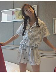 Для женщин Лето Рубашка Брюки Костюмы Рубашечный воротник С короткими рукавами