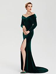 2017 TS Couture Formal Evening Dress - Celebrity Style Furcal Sheath / Column Off Shoulder Sweep / Brush Train Velvet with Split