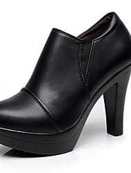 Feminino Saltos Sapatos formais Courino Primavera Outono Sapatos formais Salto Grosso Preto Marron 12 cm ou mais