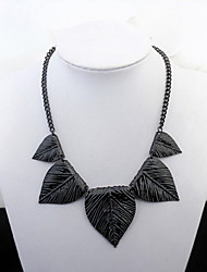 Euramerican Black Elegant Sexy Concise and Peach Heart Lady Daily Necklace Statement Jewelry