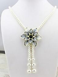 Women's Choker Necklaces Pendant Necklaces Chain Necklaces Imitation Pearl Single Strand Flower ChromeBasic Unique Design Dangling Style