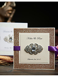 Боковой сгиб Свадебные приглашения 50-Пригласительные билеты Ответ карты Классический Тиснённая бумага Ленты Стразы