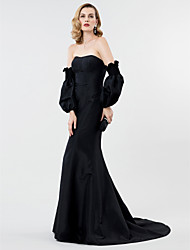 Mermaid / Trumpet Strapless Sweep / Brush Train Taffeta Formal Evening Dress with Pleats by TS Couture®