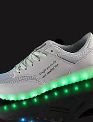 Homme Chaussures d'Athlétisme Confort Polyuréthane Printemps Automne Athlétique Marche Lacet LED Talon Plat Blanc Noir Moins de 2,5 cm