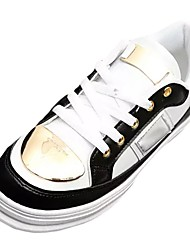 Mujer Zapatillas de deporte Confort Primavera Otoño PU Casual Con Cordón Tacón Plano Blanco Negro Pantalla de color Plano