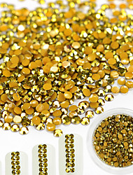 1Bottle 2mm Fashionable Gorgeous Gold Glitter Resin Jelly Rhinestone Nail Art Shining Rhinestone Jewelry Charm Decoration For Nail DIY Beauty