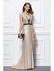 Mermaid / Trumpet Plunging Neckline Floor Length Sequined Formal Evening Dress with Sequins by YIYIAI