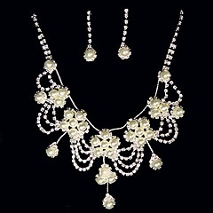 Jewelry Set Women's Anniversary / Wedding / Engagement / Birthday / Gift / Party Jewelry Sets Alloy Imitation Pearl / RhinestoneNecklaces