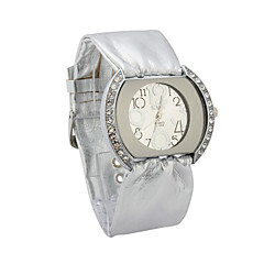 Women's  Quartz Movement Glass Round Shape Dress Watch
