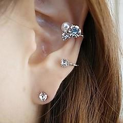 Beszúrós fülbevalók Fül Mandzsetta Gyöngy Strassz utánzat Diamond Ötvözet Ezüst Aranyozott Ékszerek Mert Napi