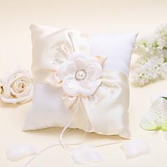 blomstret ring pude med perler