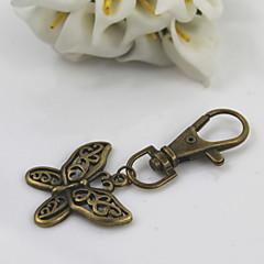 ファッションユニセックスレトロ合金は、蝶のペンダントキーチェーンをくりぬく