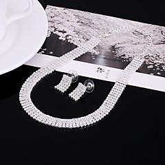 Dame Kort halskæde Rhinsten Rhinsten Enkelt design Holdbar Mode Personaliseret Euro-Amerikansk Sølv Smykker ForBryllup Fest Forlovelse