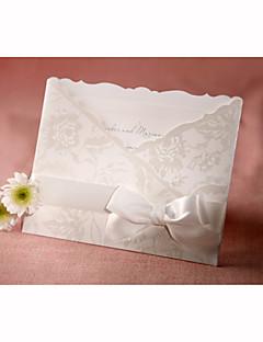 personnalisé de style flore invitation de mariage tri-plié avec papillon blanc (ensemble de 50)