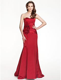 Floor-length Satin Bridesmaid Dress Trumpet / Mermaid Strapless / Sweetheart Plus Size / Petite with Draping / Flower(s)