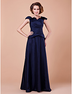 A-line Plus Size / Petite Mother of the Bride Dress Floor-length Short Sleeve Taffeta with Criss Cross