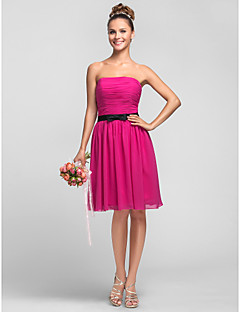 Knee-length Chiffon Bridesmaid Dress A-line / Princess Strapless Plus Size / Petite with Bow(s) / Sash / Ribbon / Ruching