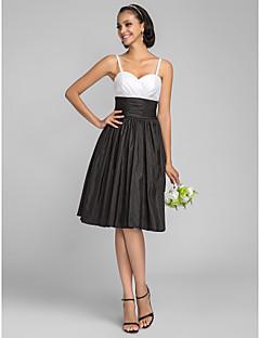 Lanting Bride® Knee-length Taffeta Bridesmaid Dress A-line / Princess Spaghetti Straps Plus Size / Petite with Ruching / Criss Cross