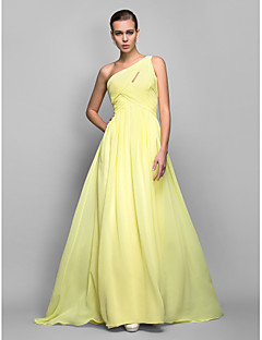 Prom / Formal Evening / Military Ball Dress - Plus Size / Petite Sheath/Column One Shoulder Sweep/Brush Train Georgette