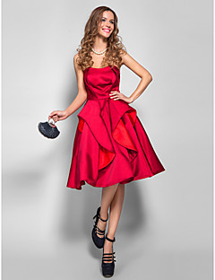 TS Couture Cocktail Party / Holiday /  Dress - Burgundy Plus Sizes / Petite A-line Strapless Knee-length Satin