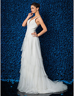 Sheath/Column Plus Sizes Wedding Dress - Ivory Sweep/Brush Train V-neck Tulle/Lace