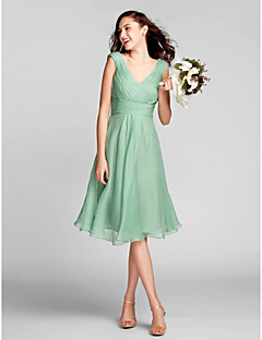 Lanting Bride® Knee-length Chiffon Bridesmaid Dress A-line V-neck Plus Size / Petite with Draping / Criss Cross / Ruching