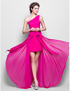 Lanting Bride® Floor-length Chiffon Bridesmaid Dress Sheath / Column One Shoulder Plus Size / Petite with Bow(s)