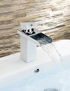現代風 センターセット 滝状吐水タイプ with  セラミックバルブ シングルハンドルつの穴 for  ペインティング , バスルームのシンクの蛇口