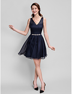 Lanting Bride® Short / Mini Chiffon Bridesmaid Dress - A-line V-neck Plus Size / Petite with Crystal Detailing