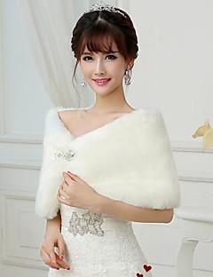 Fur Wraps / Wedding  Wraps Shrugs Sleeveless Faux Fur White Wedding / Party/Evening