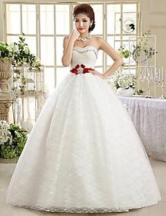 Magnifique robe de mariée bustier brodé de strass et ceinture rouge avec cristaux