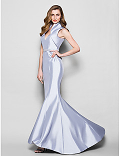 Trumpet/Mermaid Mother of the Bride Dress - Silver Sweep/Brush Train Sleeveless Taffeta