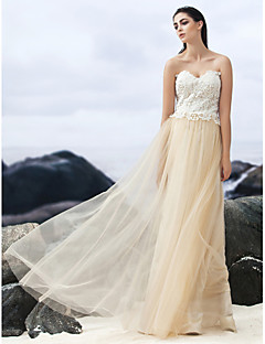 A-line Sweep/Brush Train Wedding Dress - Sweetheart Lace/Tulle