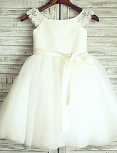 Flower Girl Dress Princess Knee-length - Lace / Satin / Tulle Short Sleeve Scoop