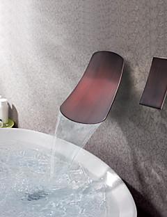 アンティーク調 壁式 滝状吐水タイプ with  セラミックバルブ シングルハンドル二つの穴 for  オイルブロンズ , バスルームのシンクの蛇口