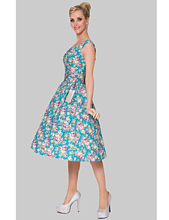 Cocktail Party Dress - Print Plus Sizes A-line Scoop Knee-length Cotton