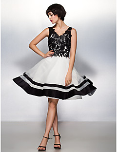 TS Couture Cocktail Party Prom Company Party Dress - Color Block A-line V-neck Knee-length Lace Organza with Lace
