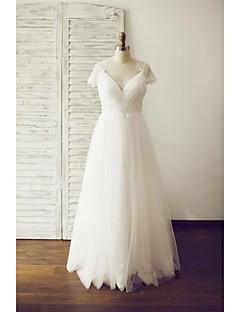 A-Linie Hochzeitskleid Boden-Länge V-Ausschnitt Spitze / Tüll mit Knopf / Spitze / Seiten-drapiert
