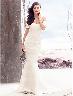 Lanting Bride® Trumpet / Mermaid Wedding Dress Court Train Off-the-shoulder Lace with Lace