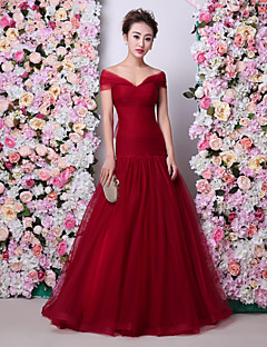 Formal Evening Dress Trumpet / Mermaid Off-the-shoulder Floor-length Tulle / Charmeuse with Ruching