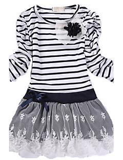 Dívka je Zima Šaty Bavlna Černá / Bílá