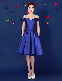 Cocktail Party Prom Dress - Short Ball Gown Off-the-shoulder Knee-length Satin with Sash / Ribbon