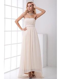 포멀 이브닝 드레스 A-라인 끈없는 스타일 비대칭 쉬폰 와 비즈 / 드레이핑