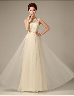 Floor-length Lace / Tulle Bridesmaid Dress Sheath / Column Jewel with Appliques / Lace / Ruffles